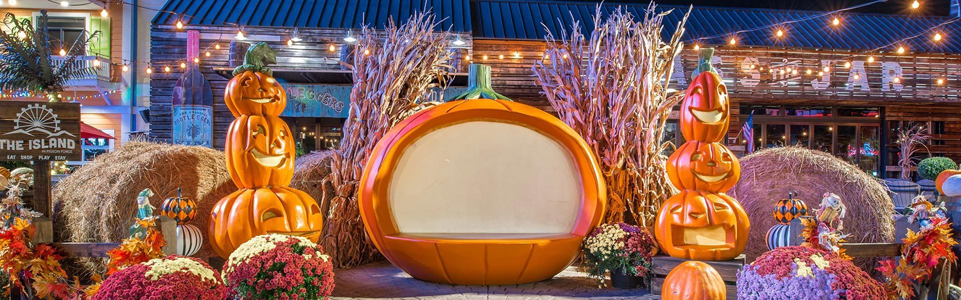 Outdoor Commercial Autumn Photo Display with Giant Pumpkins