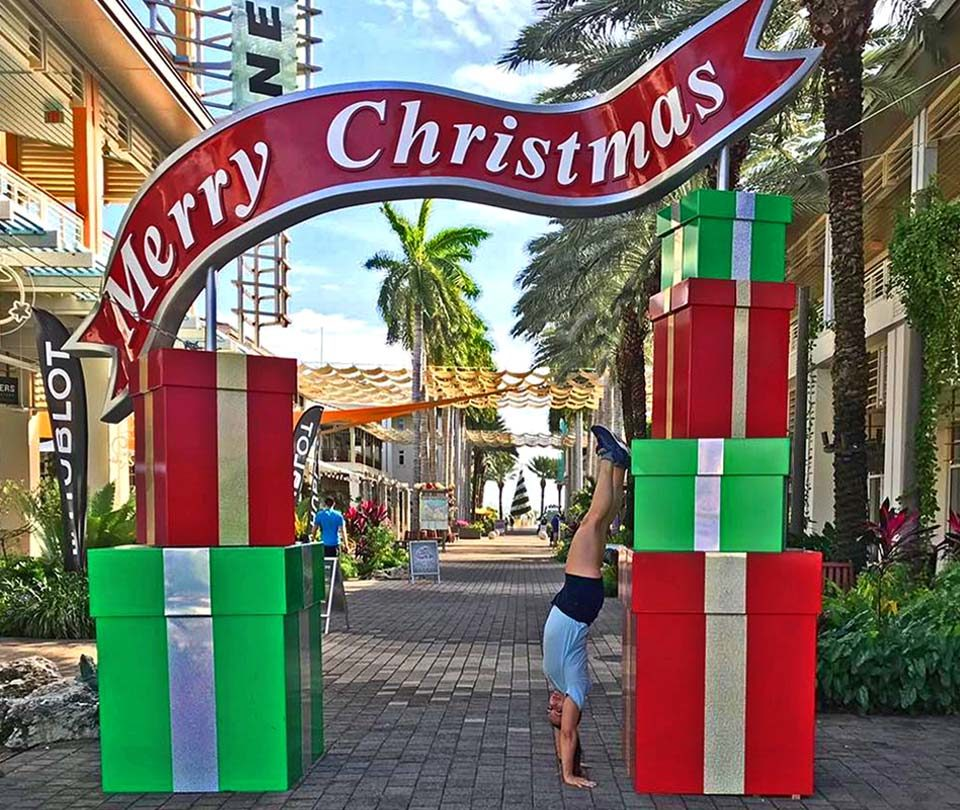 Custom Commercial Merry Christmas Photo Prop Display