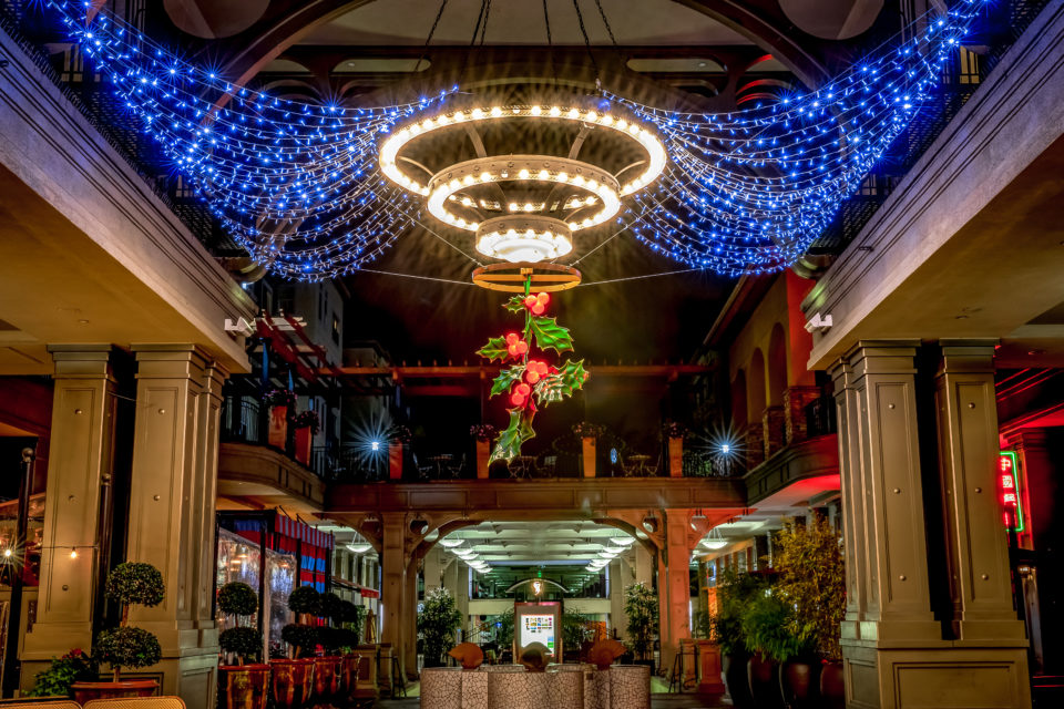 Commercial Retail Outdoor Christmas Decorations Overhead