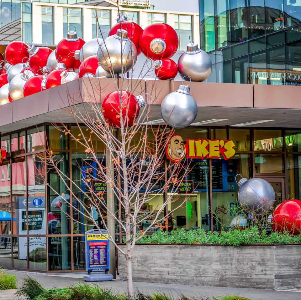 Giant Red and Silver Ornaments Rooftop Commercial Christmas Decorations