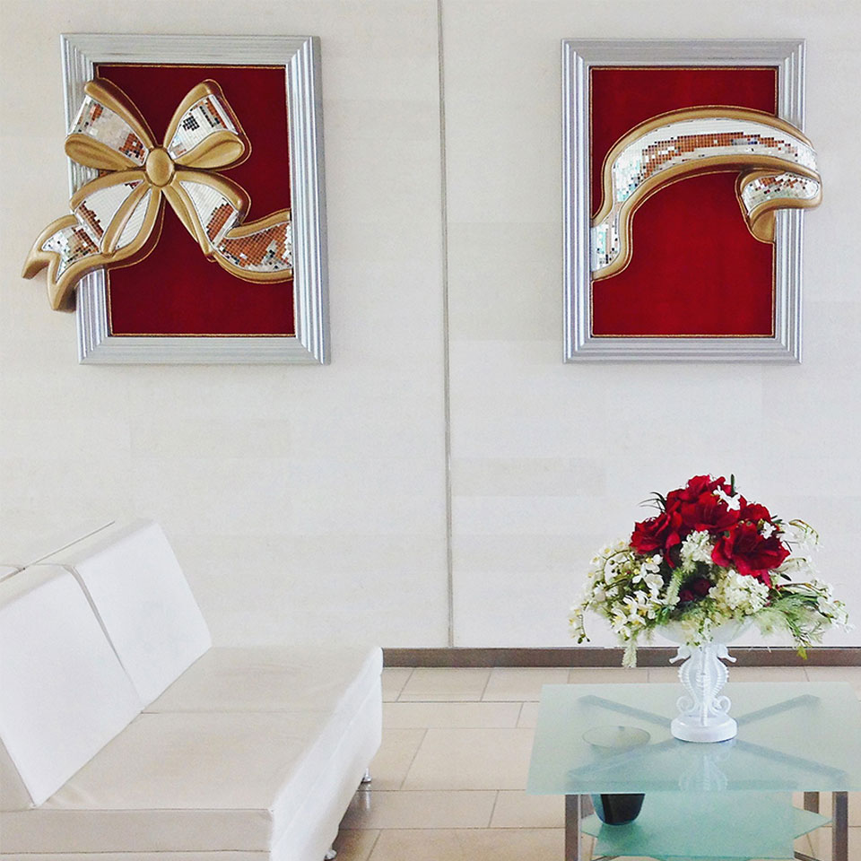 Classy Office Lobby Christmas Wall Decoration of 3D Bow Image Panels